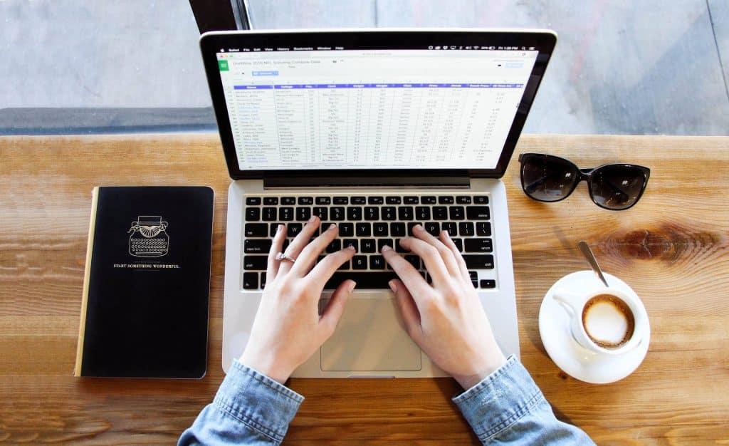 ผู้ดูแลเว็บไซต์มีประโยชน์อย่างไร